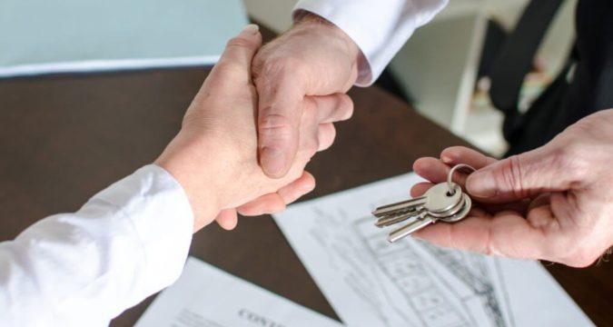 Как оформить куплю-продажу квартиры между родственниками