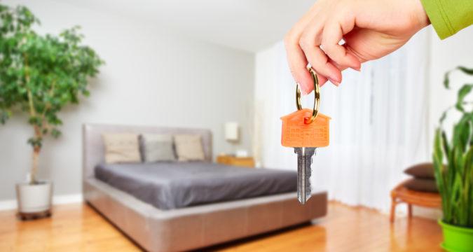 Как продать комнату и купить квартиру одновременно