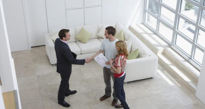 Как удачно продать квартиру и купить новую одновременно