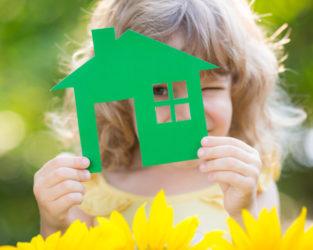 Можно ли подарить дом несовершеннолетнему